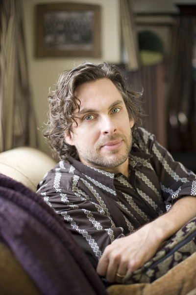michael chabon essay In her contribution to the essay collection the modern jewish girl's guide to guilt,  michael chabon's acclaimed novel the yiddish policemen's union.