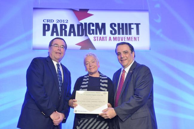 Diane Haar receives award from CRD. Photo by Eddie Arrossi
