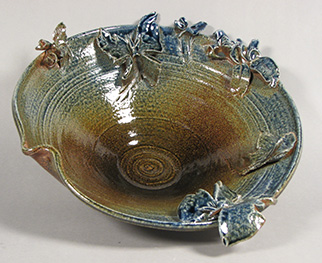 Ceramic bowl by Heidi Kreitchet