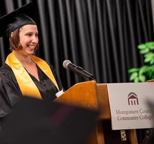 Student speaker Jamie Gehman addresses her fellow graduates. Photo by Sandi Yanisko